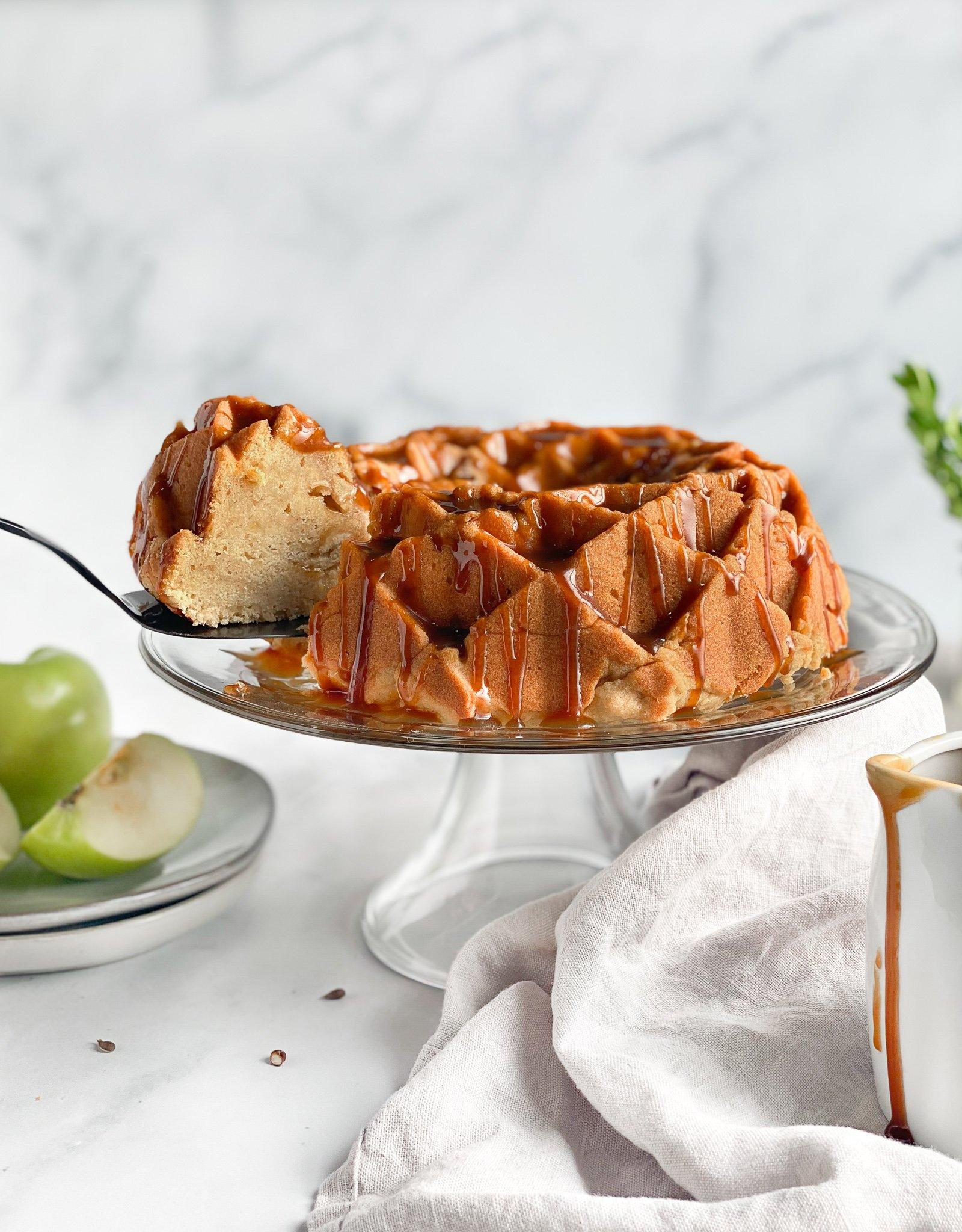 gluten free caramel apple pound cake