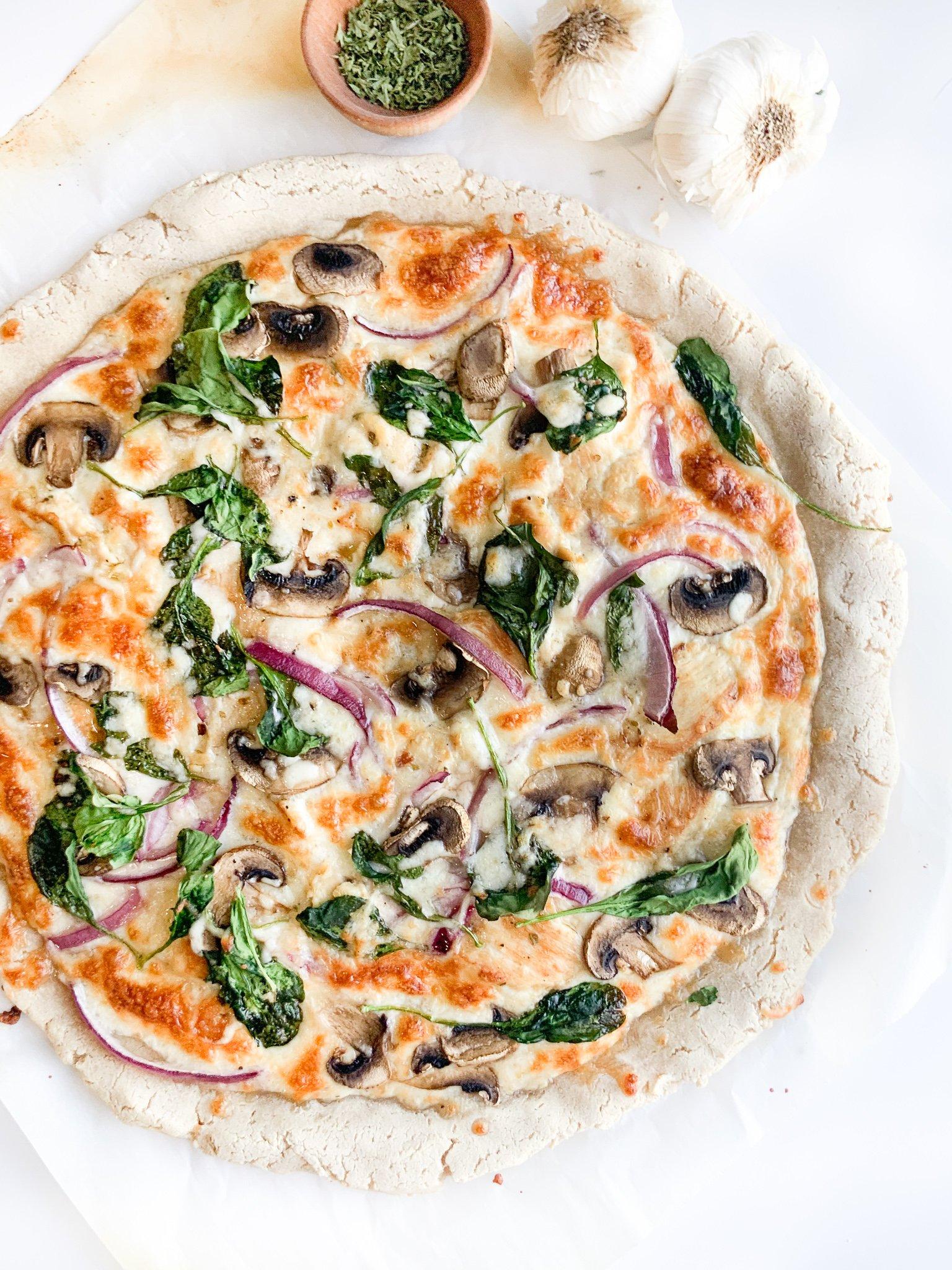 white chicken pizza