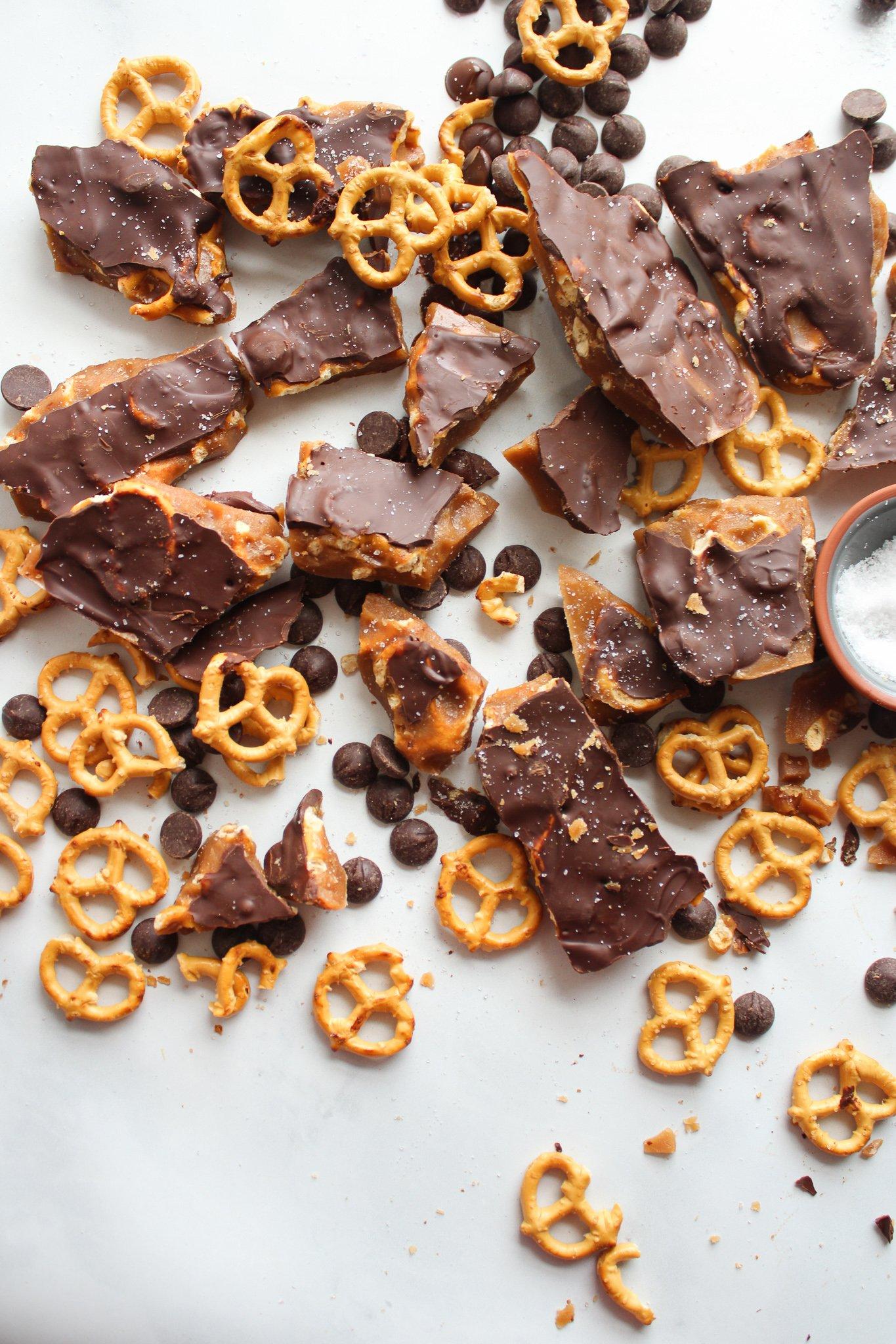 chocolate pretzel toffee bark