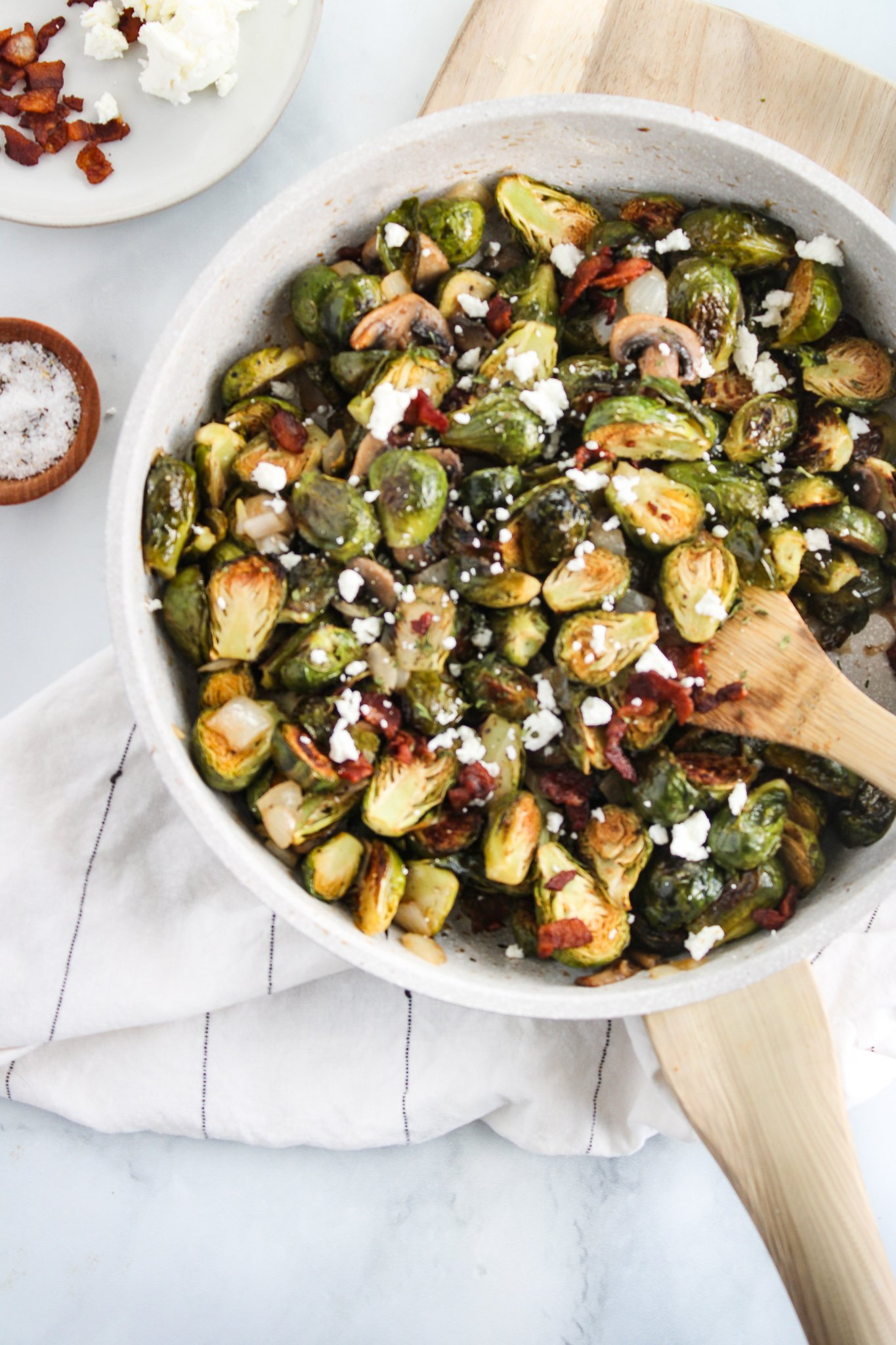 brussels sprouts with bacon and goat cheese
